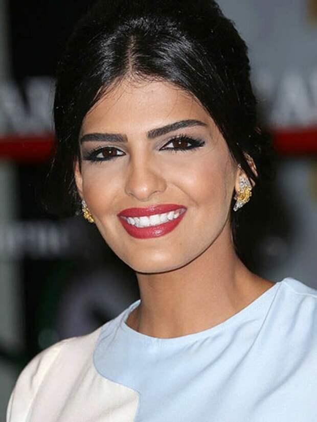 Самая красивая женщина Востока – принцесса Амира аль Тавил