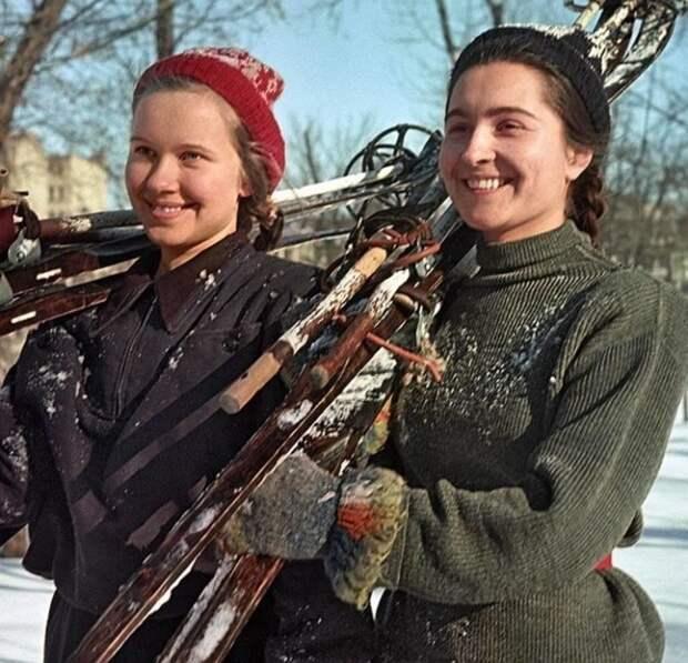 Счастливые моменты советской жизни