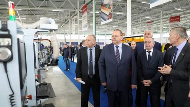 Олег Мельниченко назвал Пензенскую область мебельной столицей России