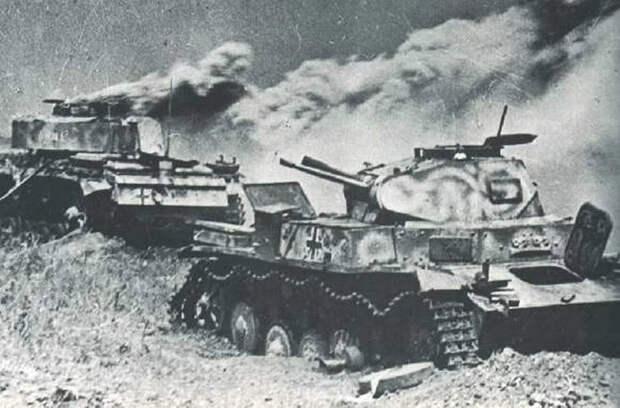 Как огнеметчики обратили в бегство танки и пехоту вермахта в декабре 1941