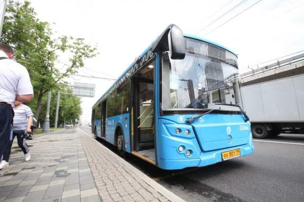 Последний автобус от станции метро «Строгино» поедет на полчаса раньше с 28 июня