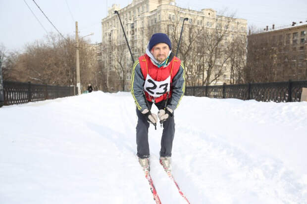 Житель Коптева проложил лыжню по маршруту трамвая №23