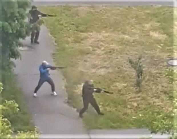 На Украину вернулись 90-е: в Броварах вооруженные люди устроили массовую перестрелку