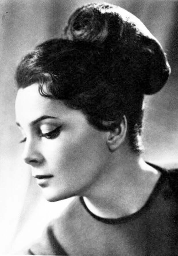 Черно-белые портреты Элины Быстрицкой