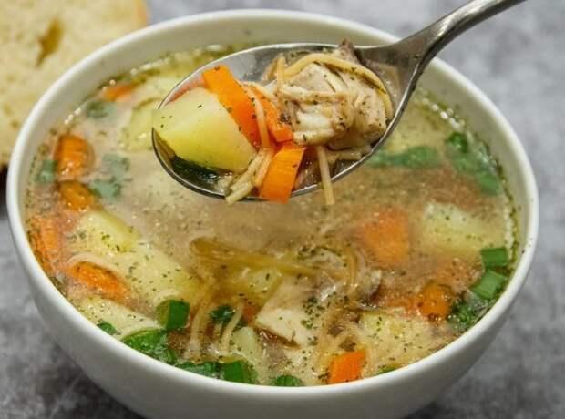 Куриный суп из моего детства. Вермишель не разбухает и долго стоит в холодильнике