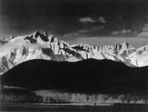 Фото Анселя Адамса. «Восход зимнего солнца». 1944 год