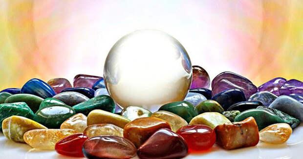 6 камней, которые помогают эмпатам справиться с интенсивными энергиями, которые атакуют их со всех сторон