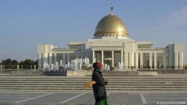 Чубайс, Forbes и голодный Туркменистан