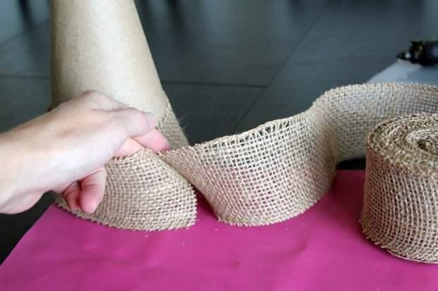 Праздничное применение мешковины: отличная идея для декора