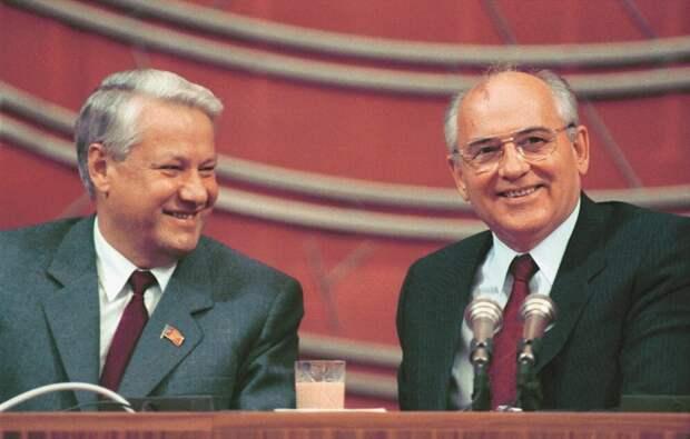 Советник Ельцина назвал виновника распада СССР