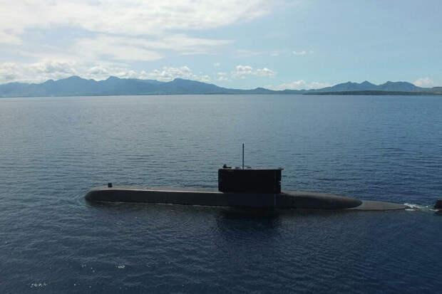 Подлодка индонезийских ВМС перестала выходить на связь рядом с Бали