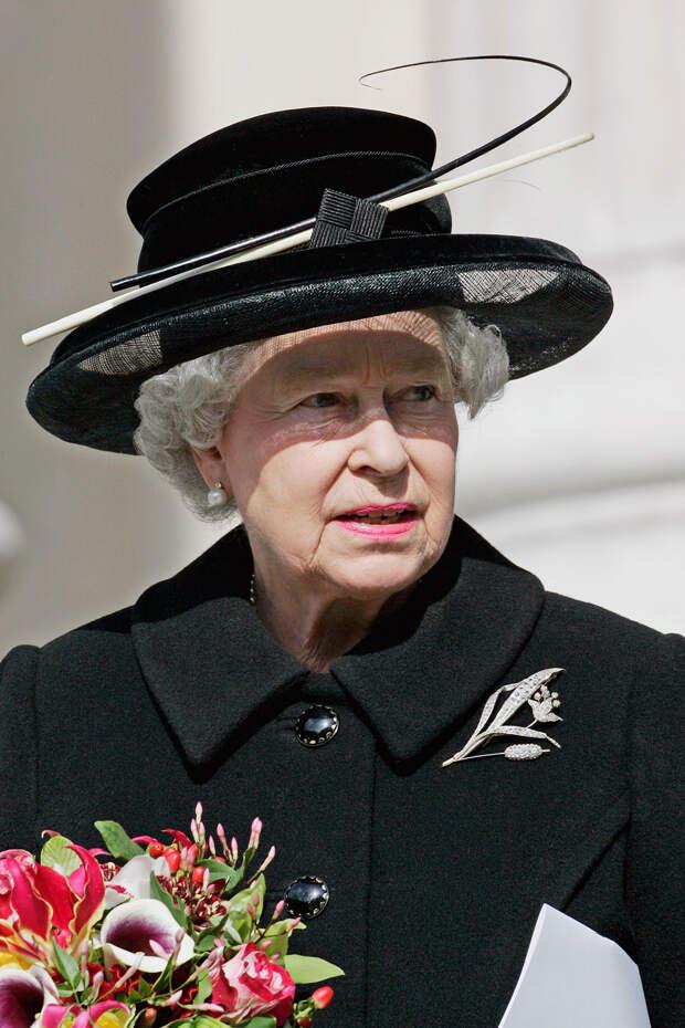 Как королева Елизавета II переживает утрату принца Филиппа