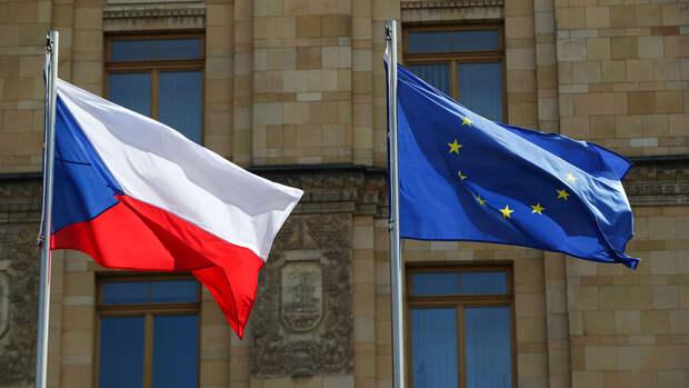Сенат Чехии призвал расторгнуть договор о дружбе с Россией