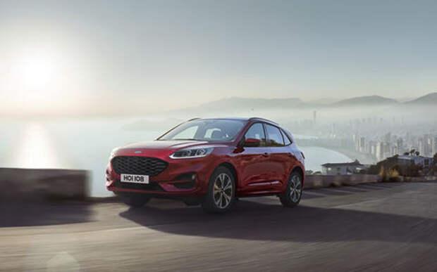Ford показал новую Kuga. Красивая, мощная, экономичная. Не для нас