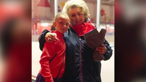 «Прямо красота!» Тарасова похвалила Самоделкину после юниорских прокатов сборной