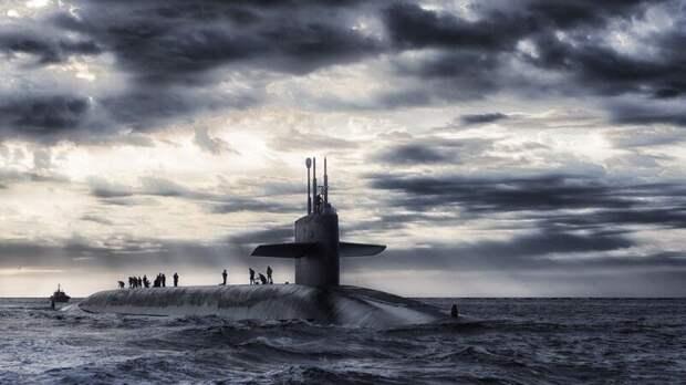 Подлодка ВМС Индонезии перестала выходить на связь у берегов Бали
