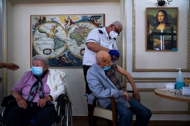 Можно без намордника: в Израиле разрешили не носить маски,так как 80% населения вакцинированы