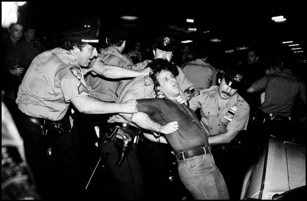 Задержания демонстранта