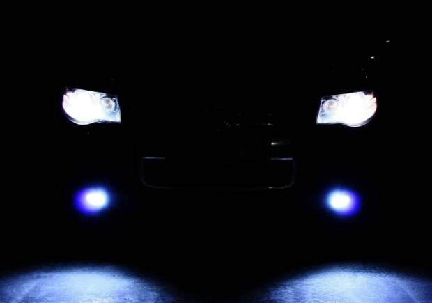 Фары светят очень ярко, несмотря на то, что машине уже почти 10 лет.   Фото: autopuls.info.