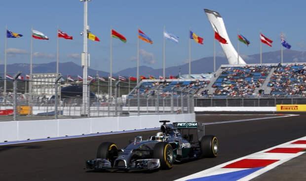 В Сочи этап чемпионата мира Формулы 1 проведут со зрителями