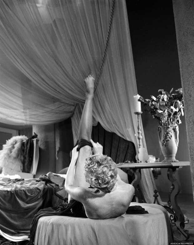 burlesque08 Краткая, но потрясающая история бурлеска в 1950 х годах