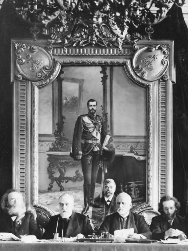 Тайна холста. Как за портретом Ленина нашли изображение Николая II