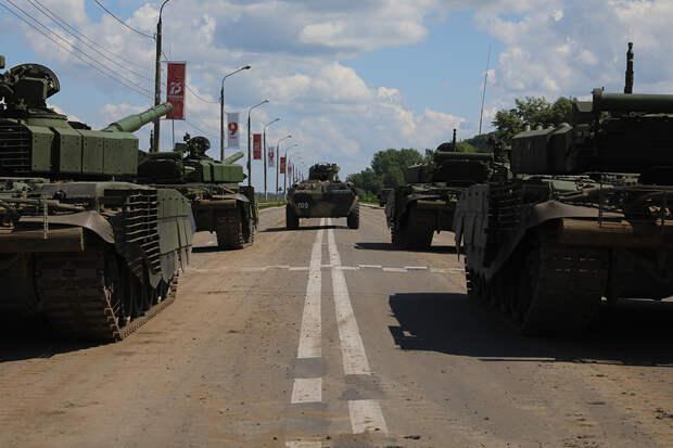 Центр Нижнего Новгорода закроют для транспорта из-за подготовки к военному параду