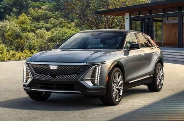 Cadillac представил серийную версию электрического кроссовера Lyriq 2022 года