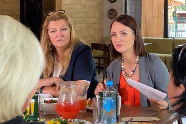 Буцкая и Ярославская обсудили необходимую помощь молодым семьям