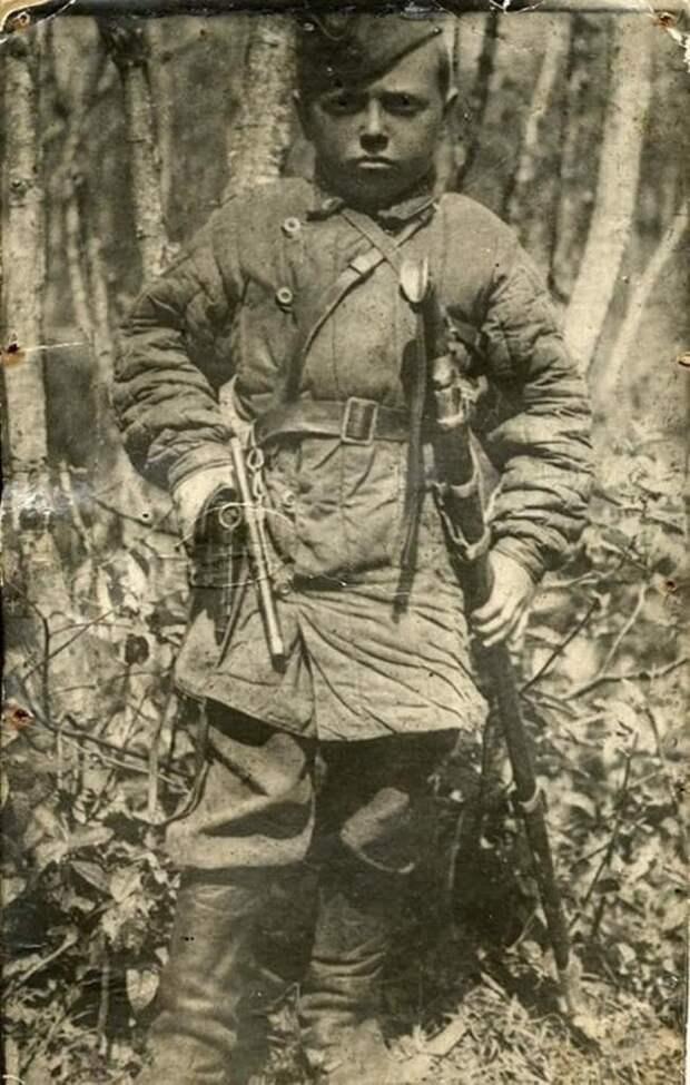 Советский Гаврош.
