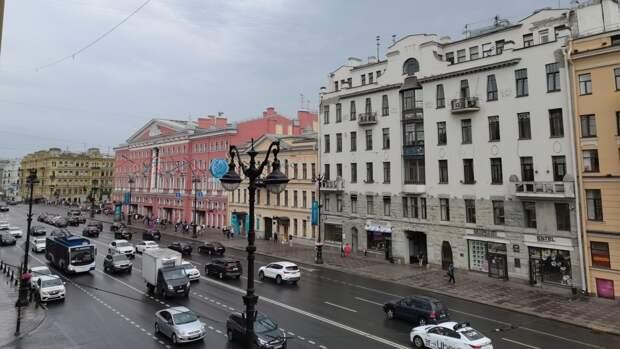 Облачная погода без осадков ожидает Петербург 17 сентября