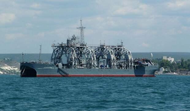 """107 летнее """"корыто"""" российского морского флота! Самый старый корабль, который до сих пор в строю"""