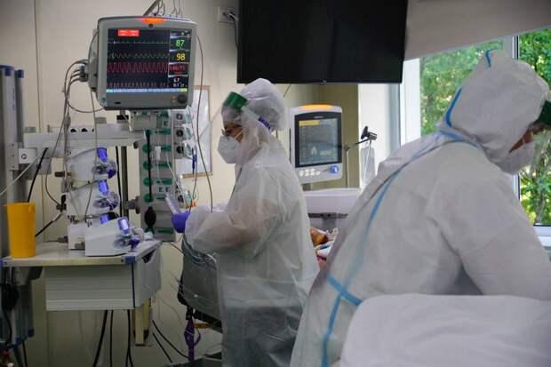 В России выявили 19 744 новых случая коронавируса за сутки