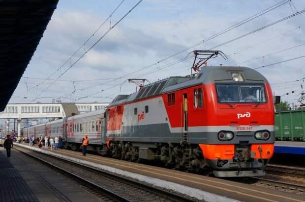 Новости из дурдома: На границе Украины и РФ для железнодорожного пути электропоездов перестроить фазовое напряжение