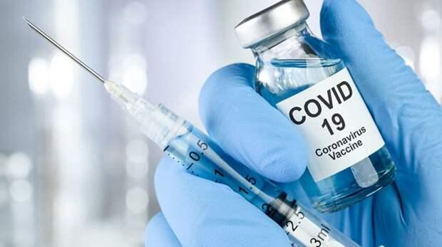 """Цена """"независимости"""": Украина получит широкий доступ к вакцине от COVID-19 не раньше 2023 года"""