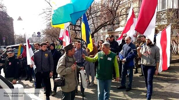Оппозиция Беларуси решила сыграть в опасную игру, пытаясь перед выборами устроить «майдан»