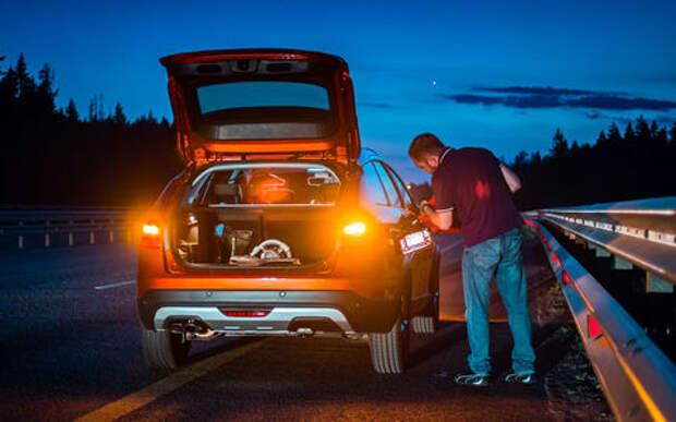Какой бензин выгоднее заливать в бак? Эксперты «За рулем» дают ответ