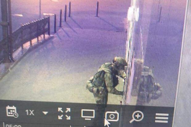 Напавший на отдел полиции в Лисках пытается прорваться в Донбасс
