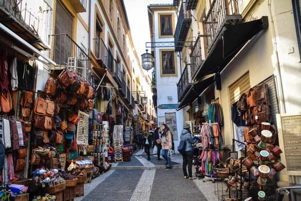 Гранада – жемчужина испанской Андалусии