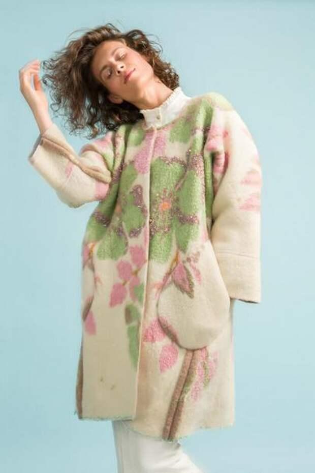 В таком креативном виде советские одеяла ещё никто не использовал
