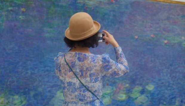 Жизнь повторяет искусство: австриец фотографирует посетителей музеев, «совпавших» скартинами