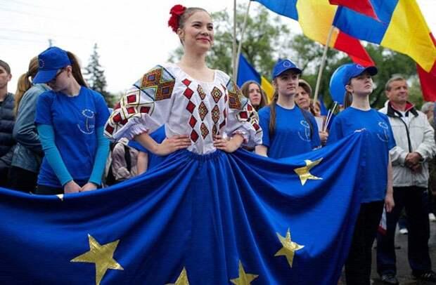 Прозападные националисты Молдовы принялись лицемерно заигрывать с русскоязычным населением