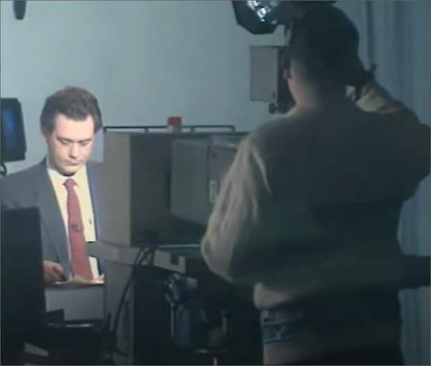 """Подготовка к эфиру программы """"Время"""", 1992 год, Сергей Доренко"""