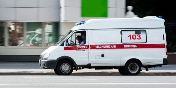Пациент скорой помощи вцепился во врача зубами на проспекте Мира