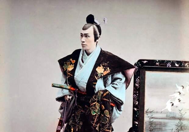 """От """"кароши"""" умирают тысячи: Японию накрыл кошмар пострашнее ковида"""