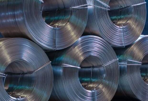 """РУСАЛ"" в 1 квартале снизил выпуск алюминия на 0,8%"