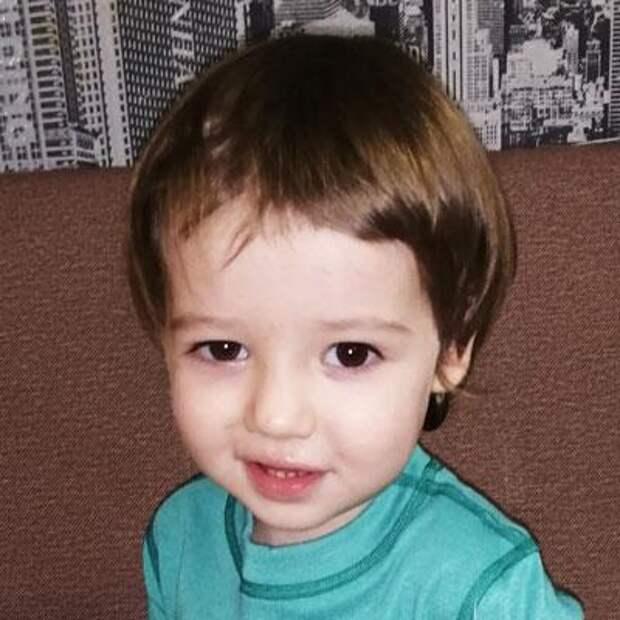 Тимур Теплов, 2 года, врожденный порок сердца, спасет эндоваскулярная операция, 345625₽