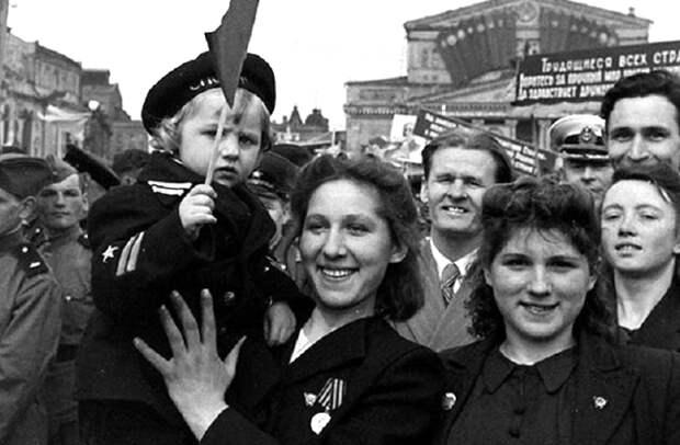 «РУССКИЙ ДНЕВНИК»: ЖИЗНЬ В ПОСЛЕВОЕННОМ СССР