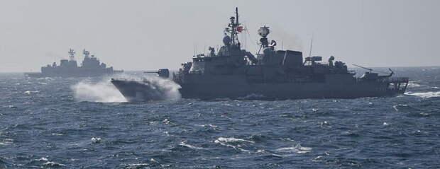 Голос Америки: Русские применили странное оружие против корабля США в Черном море