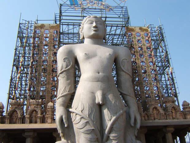 Статуя Гоматешвара, Карнатака. Пять чудес Южной Индии